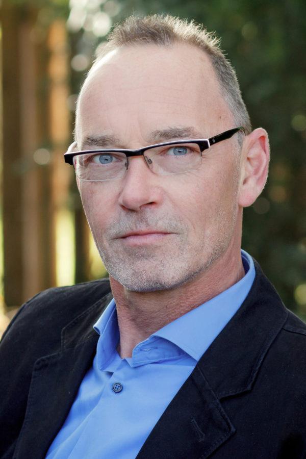 Übersetzer Kristian Lutze im Interview mit Krimiscout