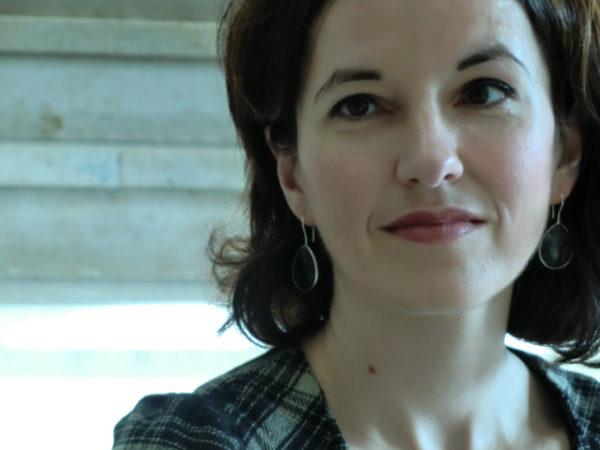 Portraitfoto Tanja Handels, Sagen Sie mal, Interviews mit Krimibersetzern